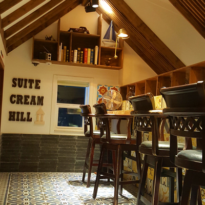Cafe SuiteCreamHill